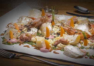 WT_CARLOSMARQUES_Ensaladilla rusa diferente con gambón rojo, ventresca de atún y polvo de cítricos 1